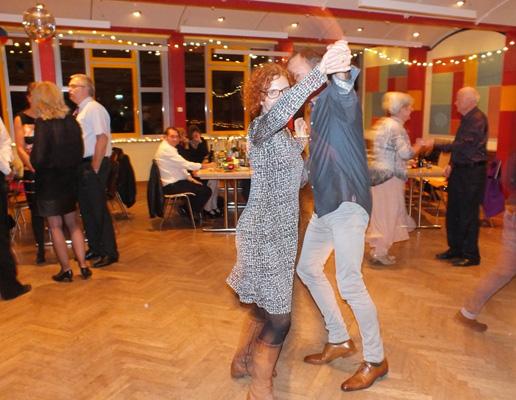 Neu: Tanzen im HTB62 im Stadtpark.
